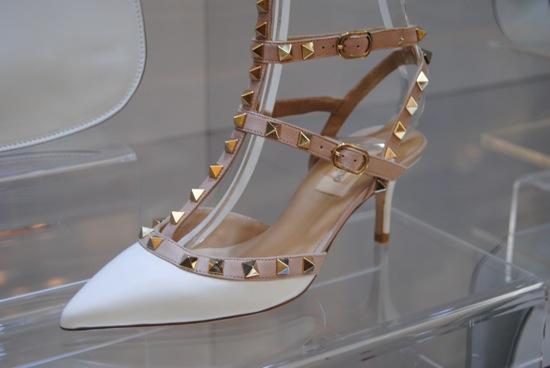 Resultado de imagem para Sapatos com Tachas como usar