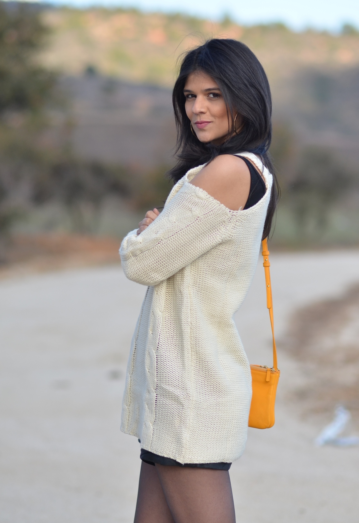 beta-pinheiro-blog-look-do-dia-tricot-ombros-de-fora