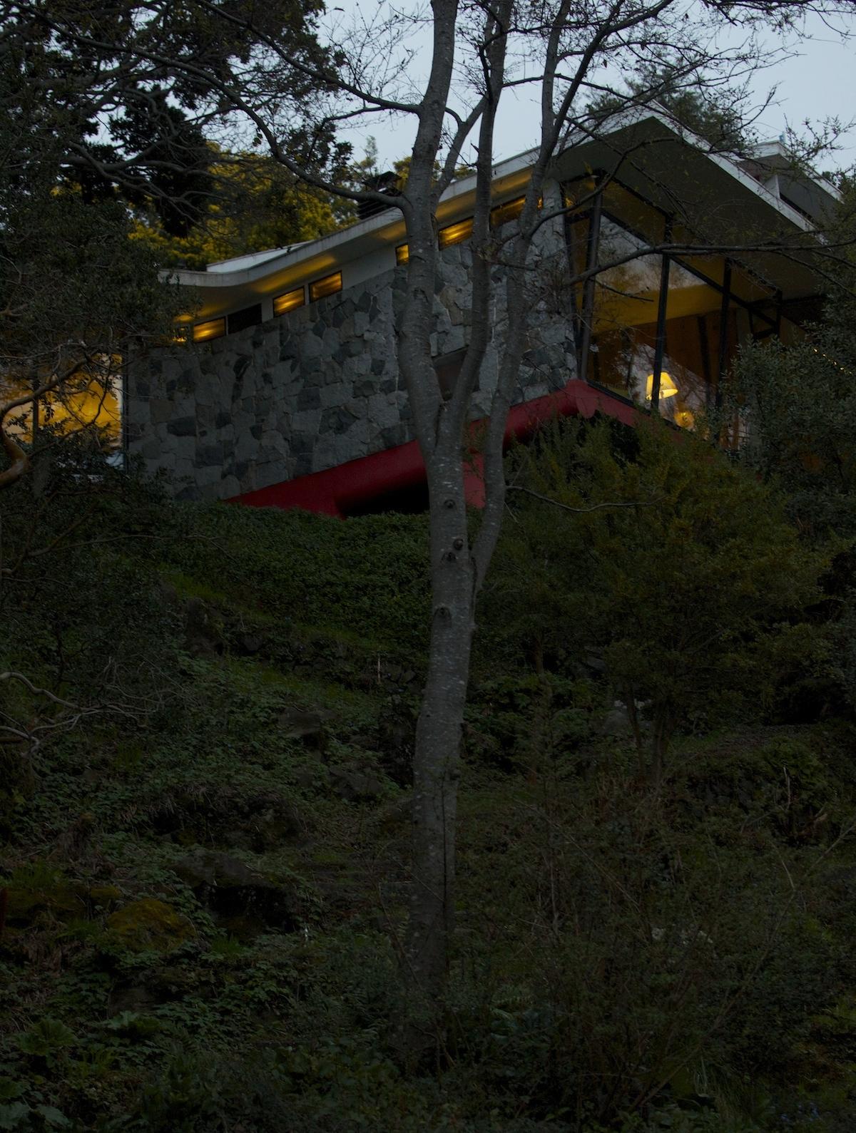 hotel-antumalal-beta-pinheiro-pucon-chile