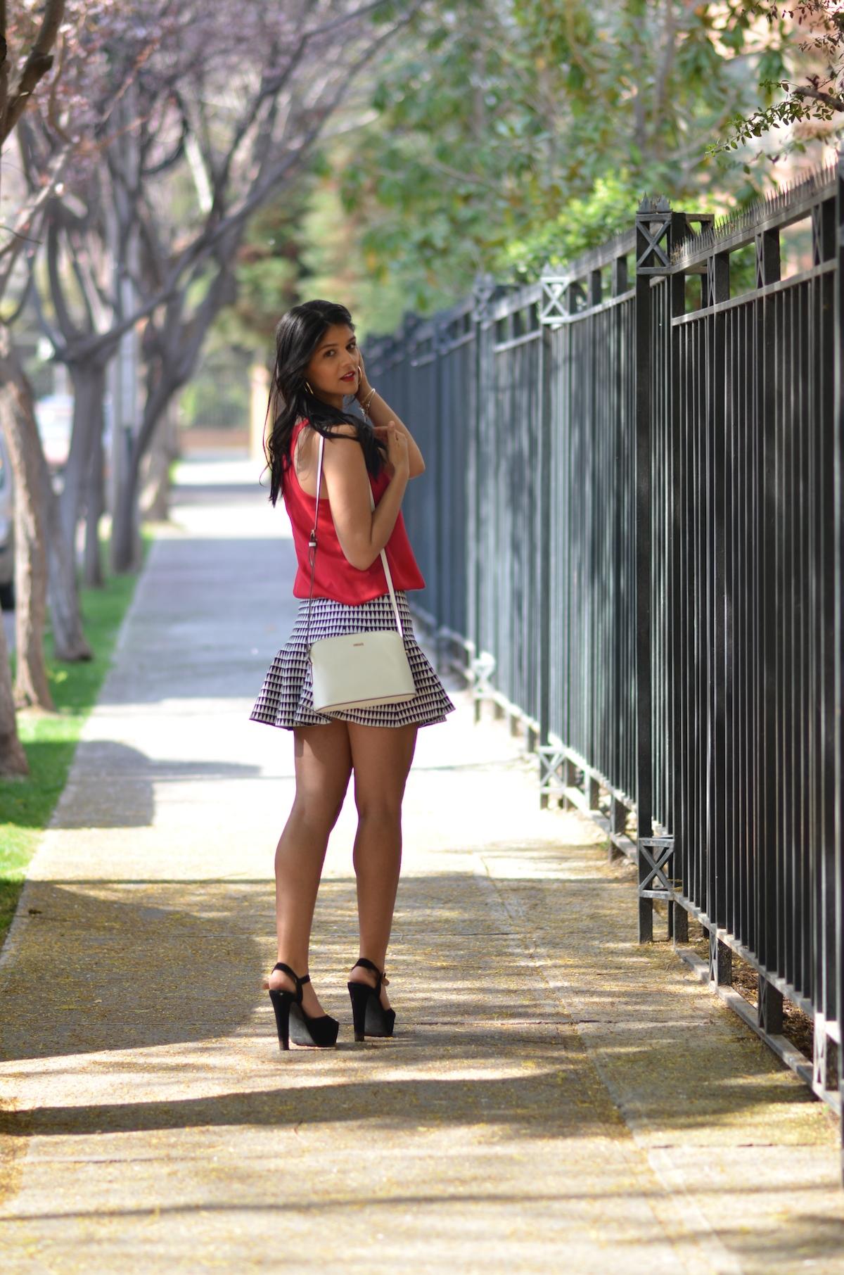 look-do-dia-beta-pinheiro-saia-blusa-vermelha-0