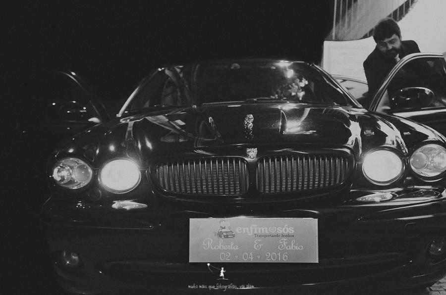 carro-jaguar-casamento-beta-pinheiro-fabio-distaso-2016-2