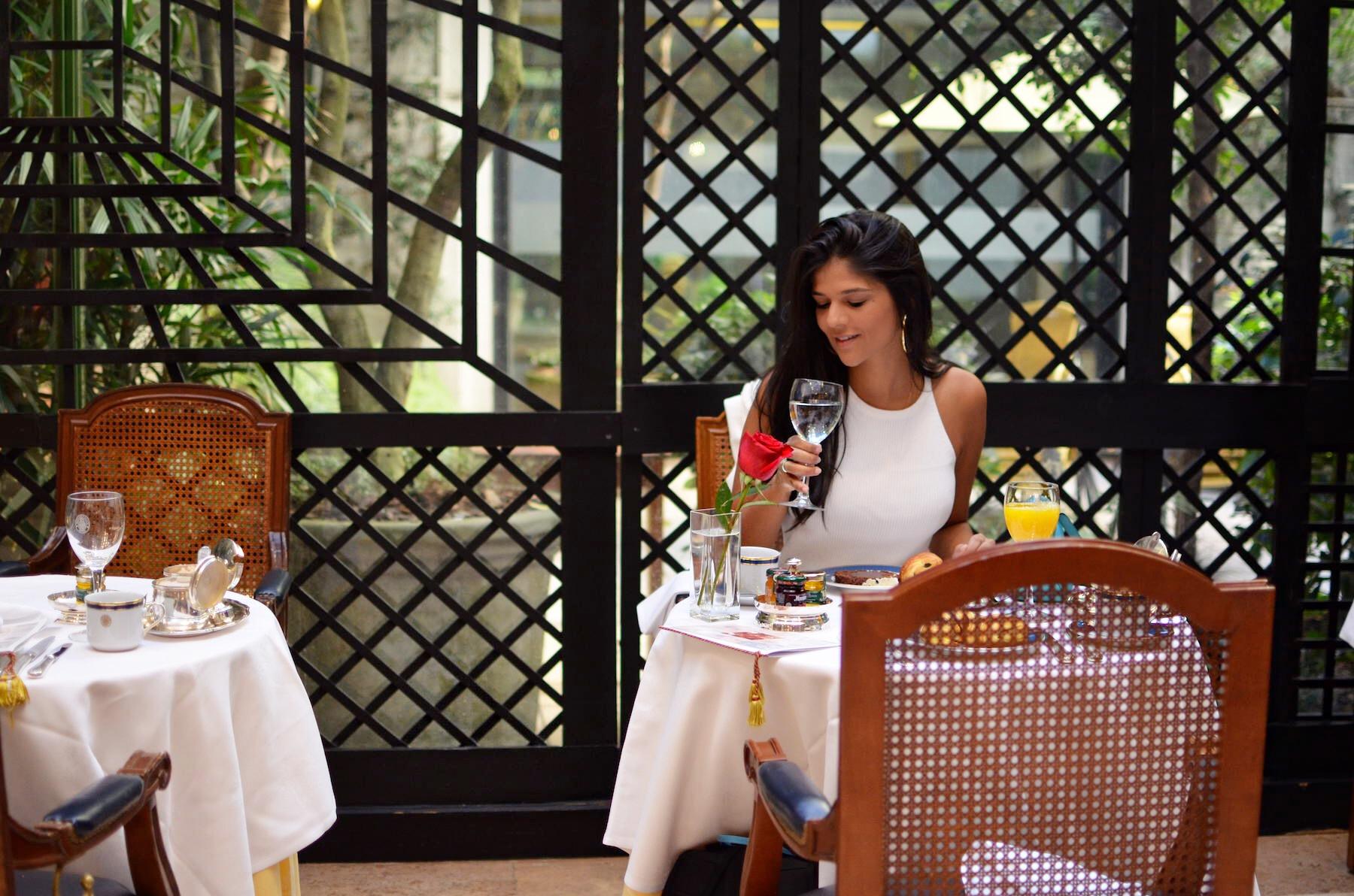 hotel-alvear-buenos-aires-blog-beta-pinheiro-cafe-patio